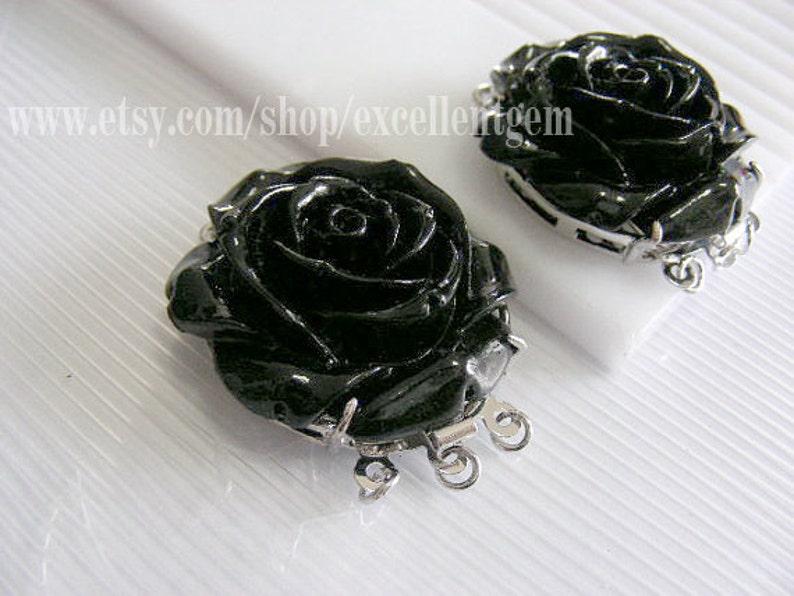 2pcs Resin Rose flower wih brass 3 strands clasp in black color-30mm
