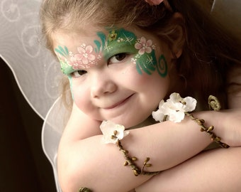 Cream Woodland Forearm, Woodland cuff, Bohemian bracelet, Floral forearm, Fairy bracelet, Flower Bracelet, Forest Elf Bracelet Ivory cuff