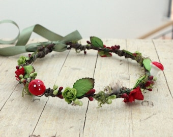 Christmas Crown, Winter Flower Crown,Christmas Headpiece,Elf Crown, Santa baby Flower crown, Christmas,Winter Headpiece,Pixie Mushroom crown