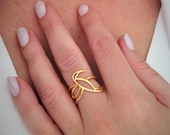 Gold Hummingbird ring, 14...