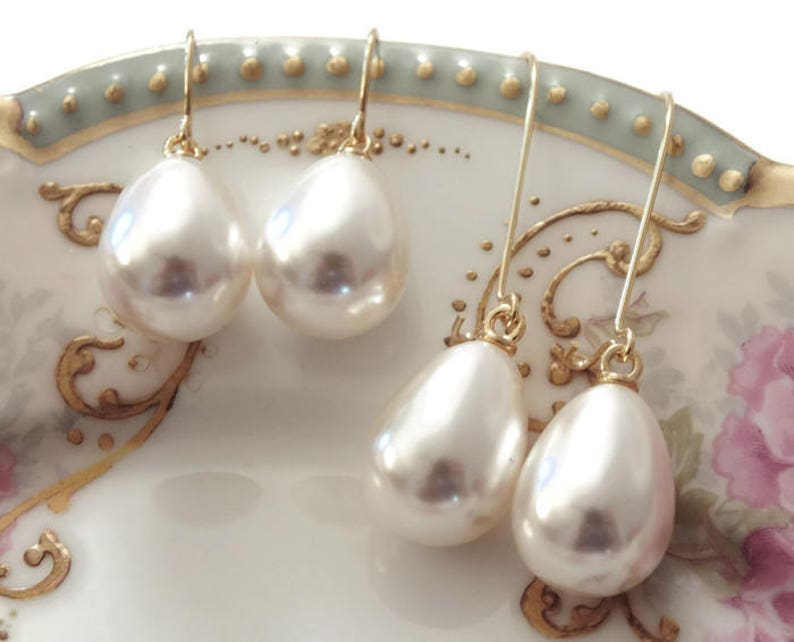 Pearl bridesmaid earrings Pearl drop earrings Pearl teardrop image 0