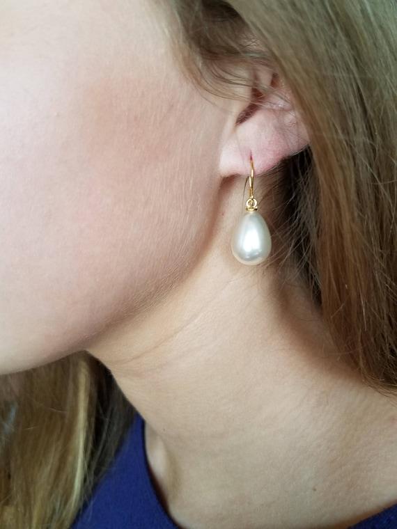 sterling silver pearl earrings drop dangle White Gold plate dazzling belt