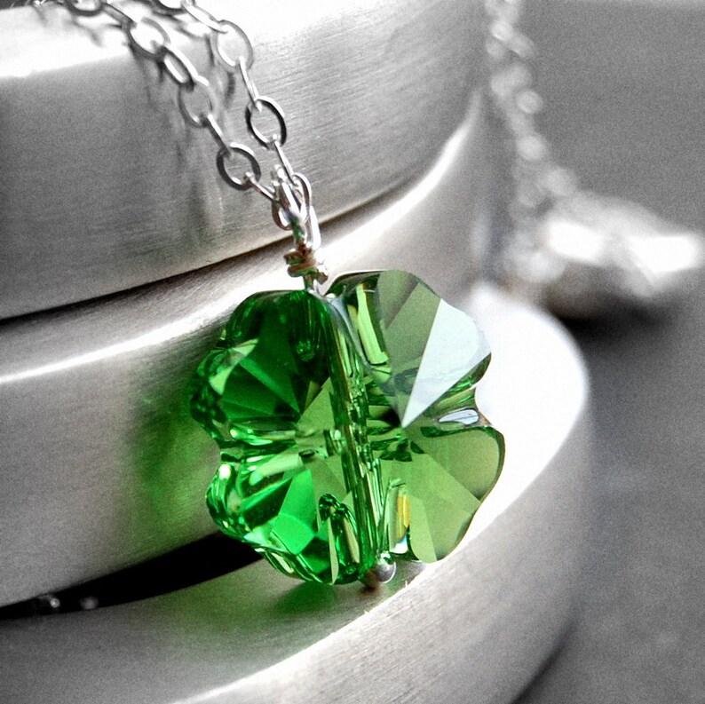 7471e9340324 Collar trébol cristal Swarovski verde cuatro hoja trébol
