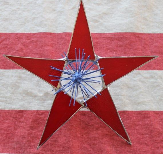 "Fireworks Star 10 inch art glass star with ""fireworks"" center"