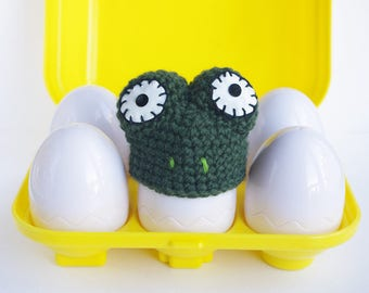 Frog egg warmers , egg hat cozy crochet, Frog lovers, amigurumi gift animals collection funny kitchen decor, easter decoration  2 colors
