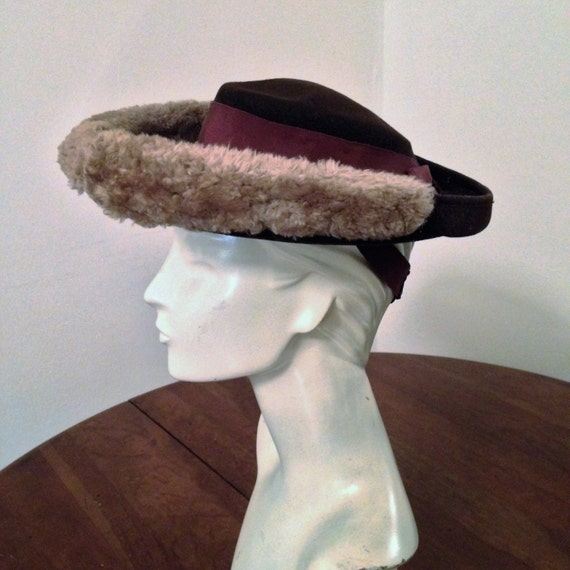 40's Ladies Brown Felt Hat With Mouton Trim by New