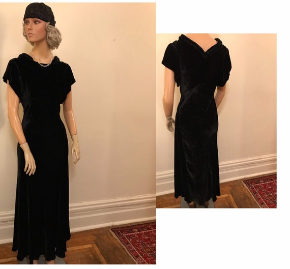 1930's Black Silk Velvet Formal Dinner Gown
