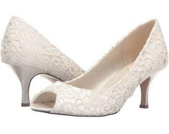 d9b3682d42de Lace wedding shoes