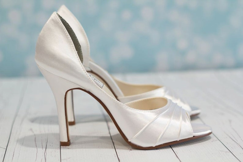 3fb1aade92 Wedding Shoes - Heel 3.5 Inches - Bridal Shoe - High Heel Shoe - Peep Toe  Shoe - Wedding Shoe Heels - White Wedding Shoe - Over 200 Colors