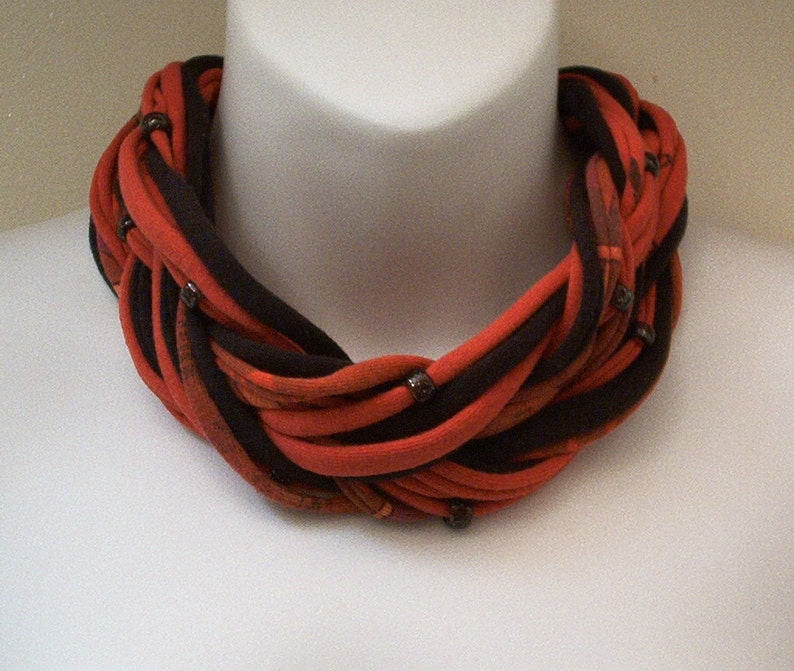 Multi Strand Beaded Choker Scarf Necklace Red /& Black