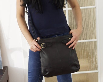 Black Leather Messenger Bag Vidal - Leather Cross-body Bag