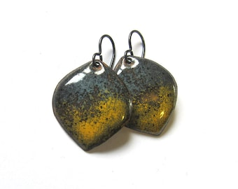 Gray yellow petal earrings Colorful enamel dangles Silver, gold filled or niobium wires Lightweight leaf drops