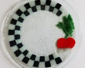 Vintage EUC Peggy Karr Fused Glass Pebble Texture Black White Checkerboard Salad Plate Dish Vegetable Radish Turnip Beet Beetroot Collect