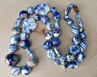 Vintage Hand Painted Chinese Porcelain Bead Collection Knotted Necklace BLue