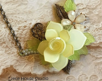 Yellow Rose Assemblage Necklace, Yellow Rose Necklace, Assemblage Necklace, Recycled Necklace, Rose Jewelry, Floral Necklace, Vintage