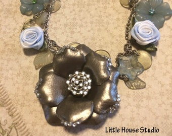Flower Assemblage Necklace, Flower Necklace, Floral Assemblage, Floral Theme Necklace, Flower Jewelry, Blue Flower Necklace, Silver Chain