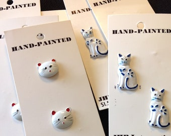 Hand painted Cat buttons/buttons/kitten/cat/feline/sewing