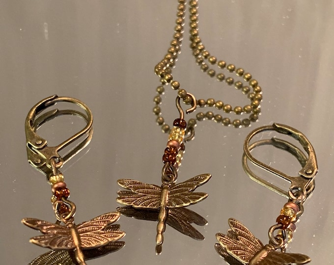 Dragonfly jewelry- dragonfly jewelry set - Amber beads- Outlander Inspired-Outlander Jewelry-Brass Chain -Tiny ball chain