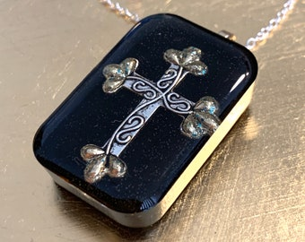 Silver Cross~Cross Pendant~Large Pendant~Resin Pendant~Celtic Jewelry~Outlander Jewelry~Silver Necklace~Cross Necklace~Black and Silver