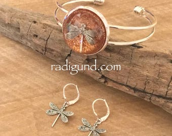 Dragonfly in Amber~ Cuff Bracelet~Outlander Bracelet~Resin Pendants~Dragonfly Bracelet~Bronze  Bracelet~Outlander Inspired Jewelry
