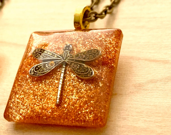 Dragonfly in amber - Resin Pendants - Square Dragonfly in Amber- Outlander Inspired-Outlander Jewelry- Brass Tiny Ball- Brass Chain