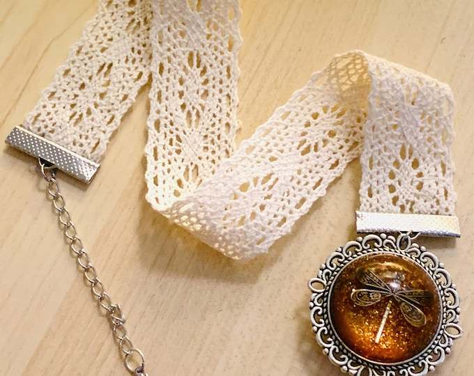 Lace Bookmark~Dragonfly in Amber~Outlander Bookmark~Ribbon bookmark~Resin Pendants~Outlander Inspired Jewelry~dragonfly filigree