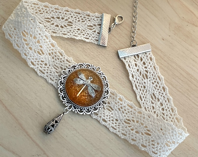 Lace Choker~Dragonfly in Amber~Outlander Choker~Dragonfly Choker~Resin Pendants~Outlander Inspired Jewelry~dragonfly filigree