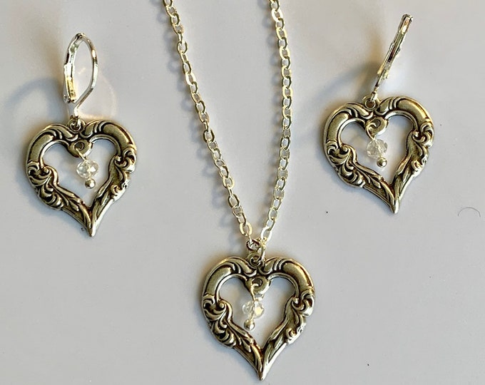 Heart jewelry Set-Angel jewelry~Heart jewelry-silver necklace-silver earringsHeart Earrings-heart pendant-princess jewelry-Angel wings