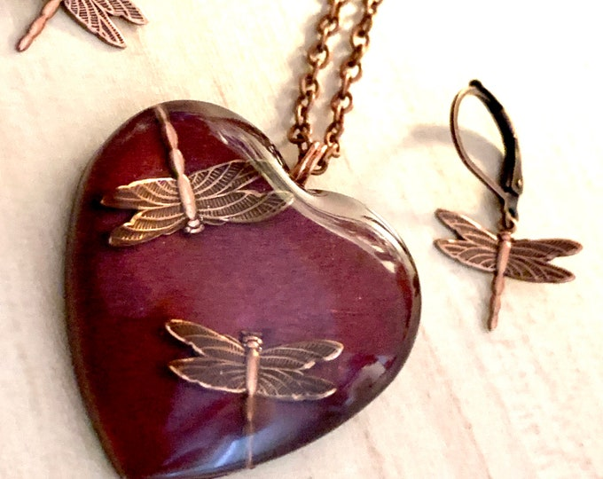 Burgundy Heart Pendant~Heart Necklace~Resin Dragonfly Pendant~Dragonflies~Love~Red Necklace~Outlander Jewelry~Copper Jewelry~Dragonfly