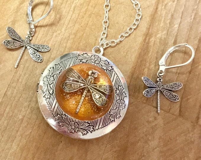 Silver Locket-Dragonfly in Amber-Photo Locket-Silver Pendant-dragonfly locket~locket set~outlander inspired