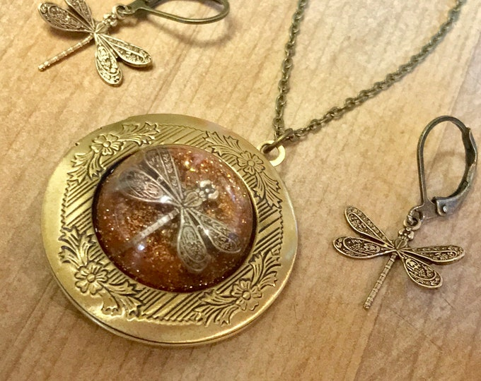 Bronze Locket-Dragonfly in Amber-Photo Locket-Bronze Pendant-Dragonfly Locket