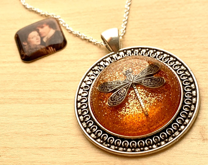 Dragonfly in Amber~Outlander Necklace~Celtic~Round Silver Pendant~Resin Pendants~Silver necklace~Outlander Inspired Jewelry~Dragonfly