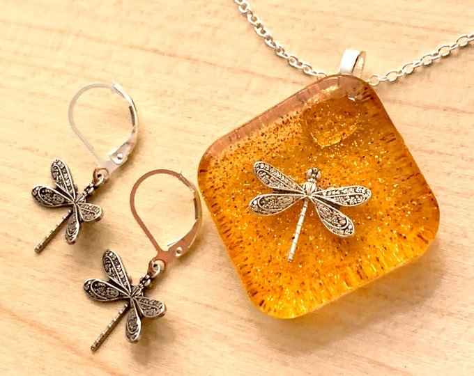 Dragonfly in Amber - Square Diamond~Large Pendants - Resin Pendants - Outlander Inspired - Outlander Jewelry - Silver Necklace