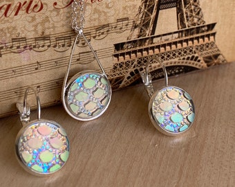 Silver Jewelry Set~ Silver Earrings~Silver Necklace~Iridescent Earrings~Sparkle Earrings~Mermaid jewelry~Resin Jewelry Set