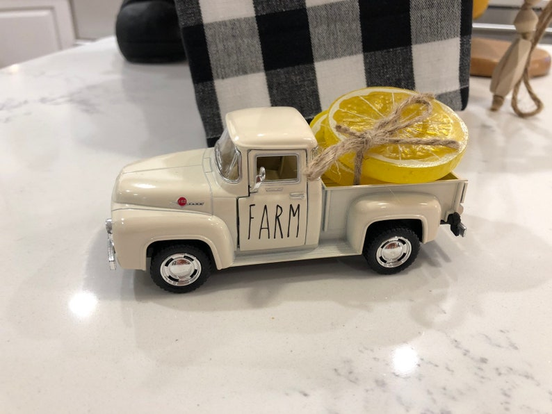 Farm Truck Decor