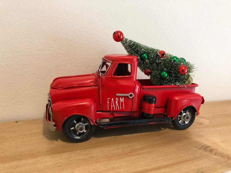 Christmas Red Truck.Farmhouse Christmas Red Truck Decor Tiered Tray Decor Little Red Truck Red Truck Christmas Christmas Decor Red Metal Truck