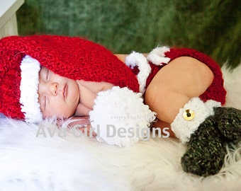 Baby Santa Hat Diaper Cover Bootie Set, Santa Baby Set, Christmas Baby Outfit, Santa Hat, Baby Christmas Photo Prop, Red Baby Elf Hat