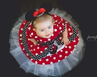 Minnie Mouse Dress Med red  peekaboo Puffy sleeve