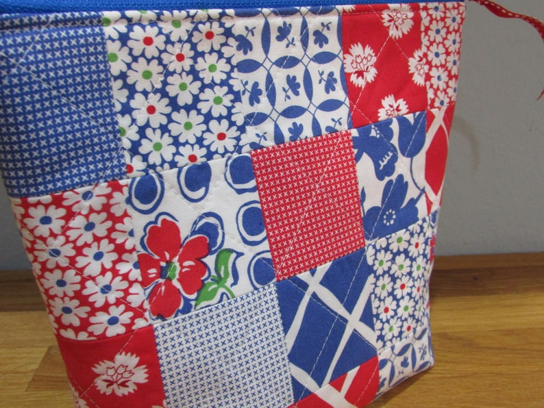 Project Bag Zipper Bag Red and Blue Patchwork with Polka Dot Lining Zipper Pouch Wide Open Pouch