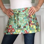 Garden Apron in teal floral for women - Vendor Apron - Half Apron - Farmer's Market - Utility Apron - Made to Order - original design