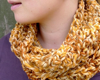 Chunky Wool Cowl, Mustard Yellow Tube Scarf, Natural Wool Silk Winter Cowl, Crochet Tube Scarf, Variegated Yellow Winter Scarf, Boho Cowl