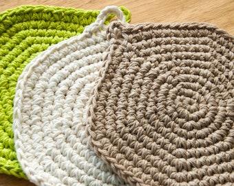 crochet hot pads, crochet pot holders, vintage crochet pot holders, vintage crochet hot pads, solid color pot holders