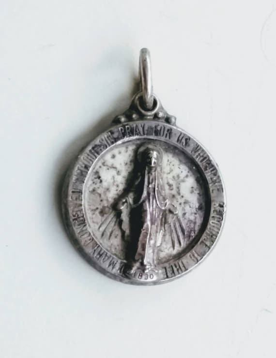 Mary Miraculous Medal Religious Charm Pendant 925 Sterling Vintage Hayward St