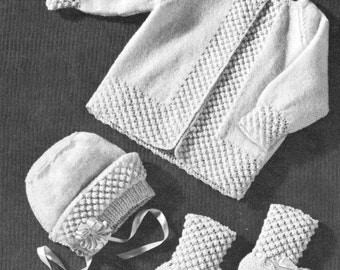 257fb685d251 Vintage knitting pattern baby layette set popcorn boarder baby