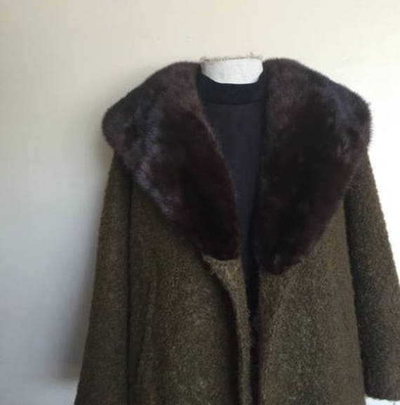 50's olive quarter sleeve fur coat.