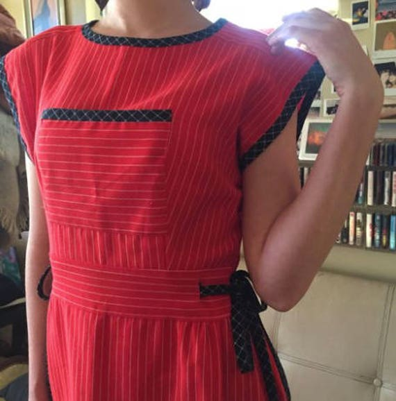 Red and navy vintage waist tie dress