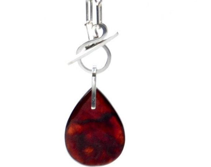 """""""Flametta"""" Garnet Pendant Toggle Necklace"""