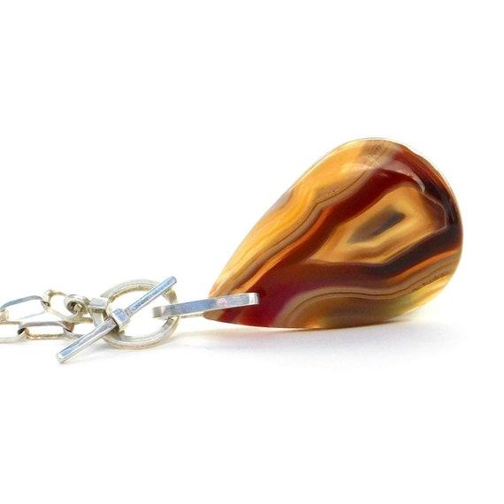 """Shula"" Agate Pendant Necklace"