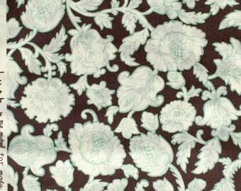 Price DROP : Erin Michael Lush Fawn's Chair leather/sky moda fabrics FQ or more
