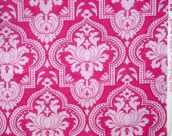 Girlfriends Molly lavender fuchsia Jennifer Paganelli Free Spirit fabric FQ or more
